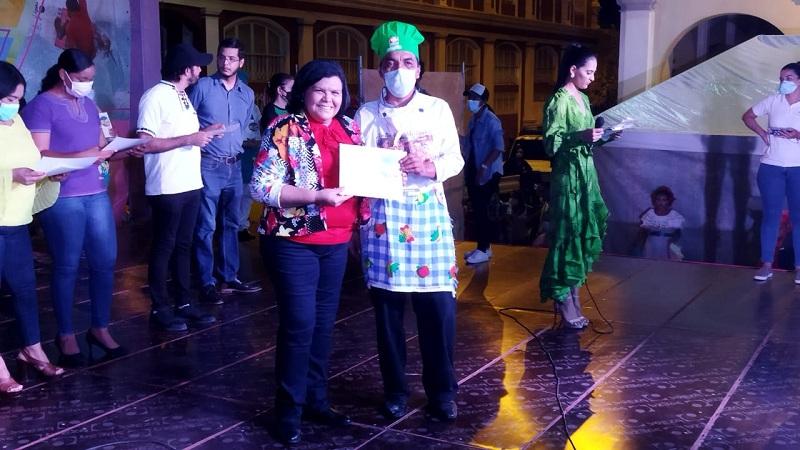El galardonado mayor fue Jamil Ponce originario de Ocotal y representó al departamento de Nueva Segovia con un Vigorón Mixto. El comité organizador le otorgó un premio monetario de 46 mil córdobas.