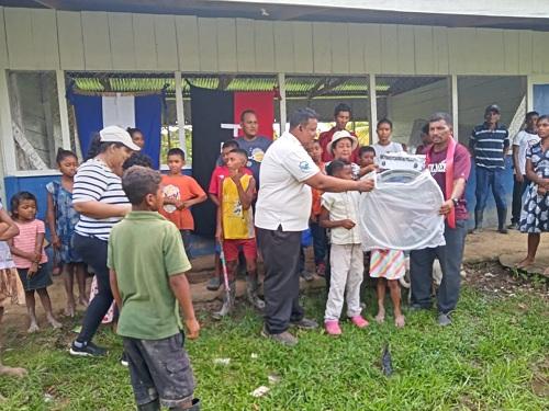 Las familias de comunidades de Livincreck y Klampa del territorio Wangki Maya inauguraron sus centros escolares y juegos de tambores para los escolares.