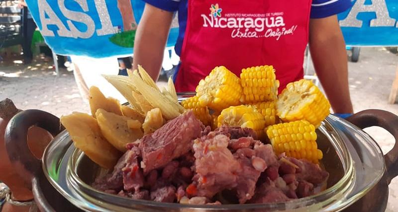 Los frijoles camagues con carne y chilotes del matagalpino Javier Jesús Escorcia, fue otro plato con mención especial.