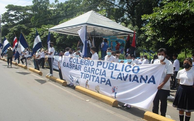 Escolares esperan paso de Antorcha en Tipitapa