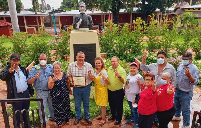 En Chinandega: Distinción del Inifom a monumento a prócer de la Independencia, Doctor Tomás Ruíz R,  el mejor preservado en el departamento